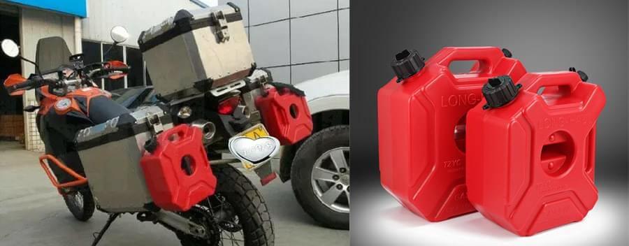 Plastový kanystr na benzin na motorku